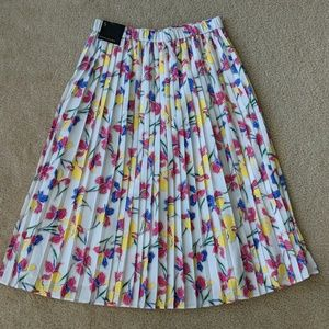 Banana republic pleated floral skirt